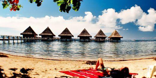 De inpaklijst voor een vakantie naar een zonnig land